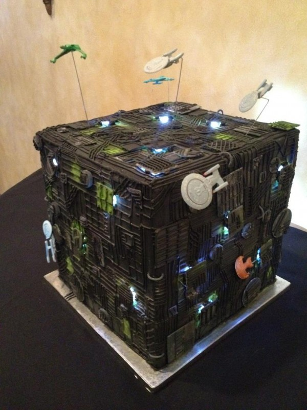 Mind Blowing Star Trek Borg Cube Wedding Cakejpeg